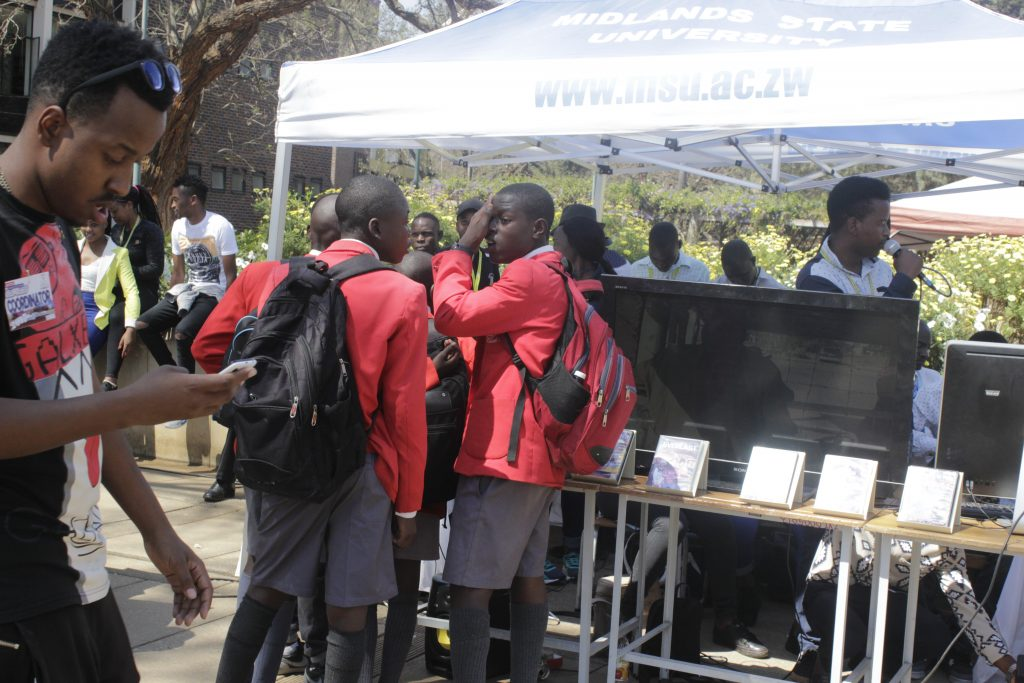 Students Gathered together to watch Jah Kaylight at GIBF